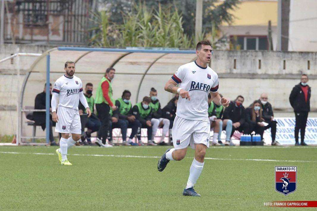 Guido Abayian, recién fichado por el Taranto, ya es titular