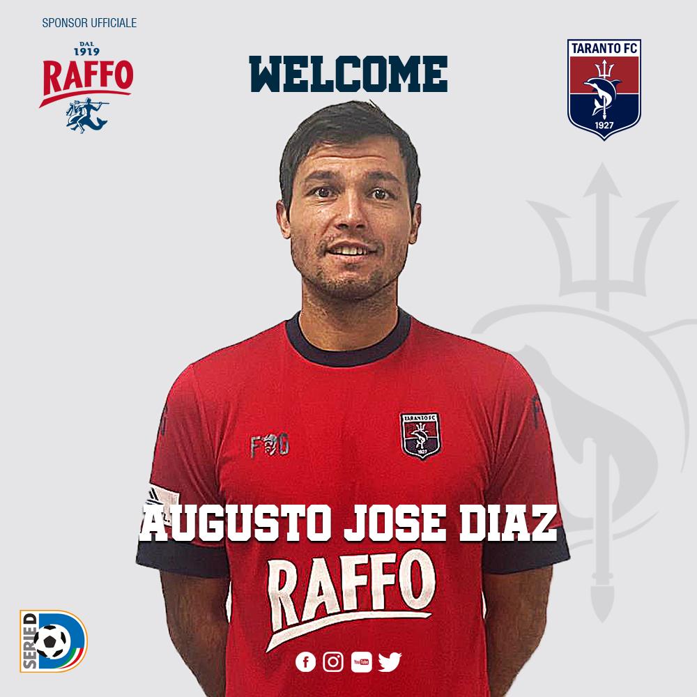 Tato Díaz apuntala la delantera del Taranto FC. Marcó 15 goles con US Città di Fasano