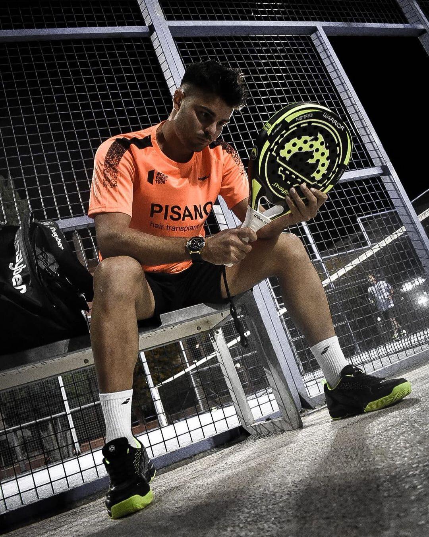 El jugador marbellí de pádel José Bernal fue protagonista del programa Onda Deportiva Marbella de Onda Cero presentado por Julio Rodríguez.