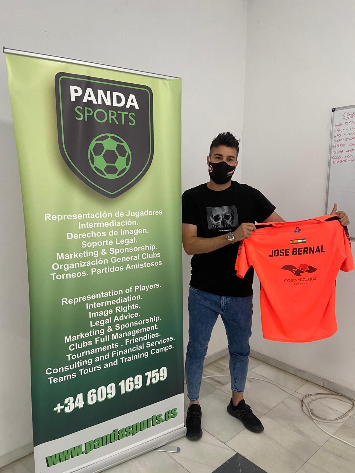 La agencia de representación e intermediación Panda Sports se adentra en el mundo del pádel de la mano del jugador marbellí José Bernal.