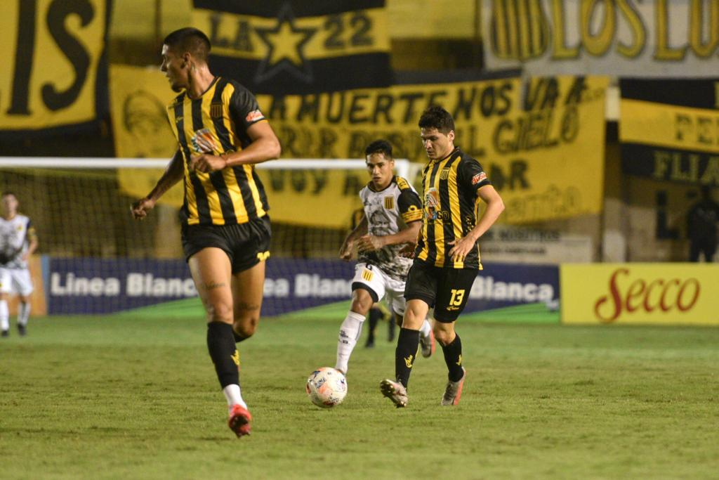 Exequiel Narese ficha por el CA Mitre, procedente del US Città di Fasano de la Serie D Italiana. Recién llegado, ya debutó con su equipo.