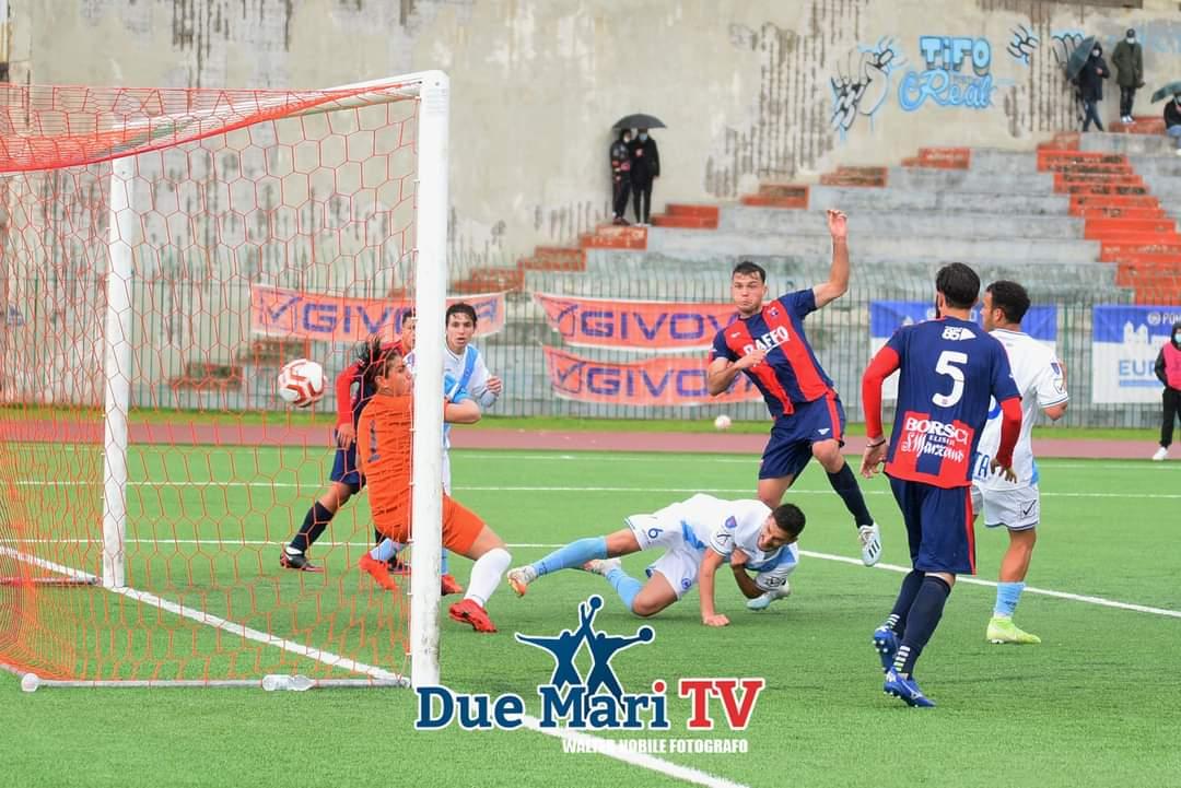 Tato Díaz vuelve a marcar con el Taranto FC, que suma y sigue líder