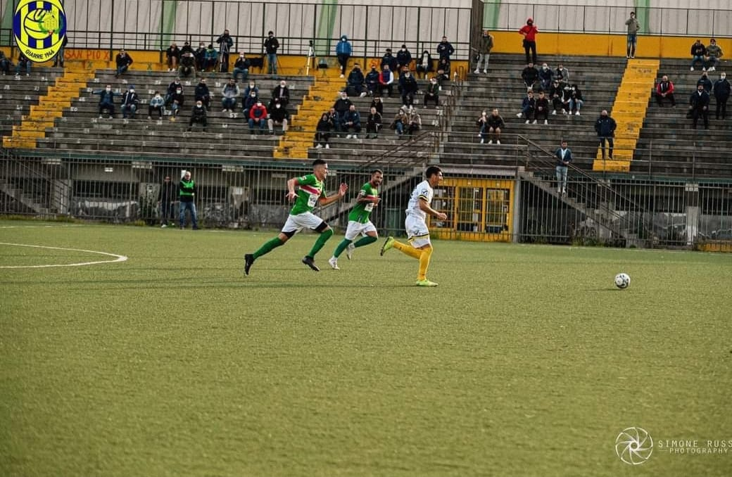 El Giarre venció por 0 a 3 y continúa líder del grupo B de la Eccelenza de Sicial. Ivan Agudiak anotó uno de los goles.