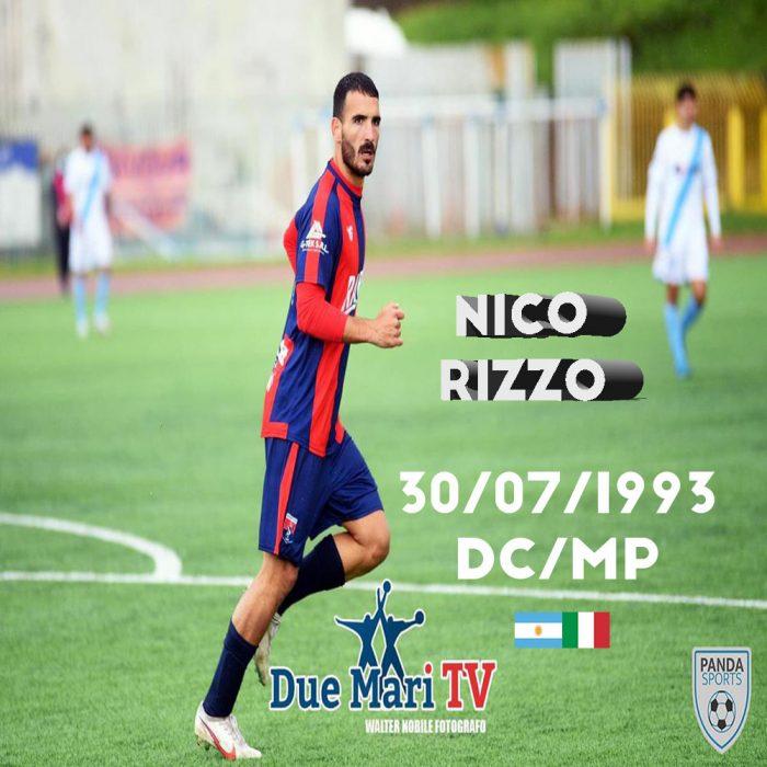 Rizzo es un futbolista que se puede desenvolver de delantero, segunda punta y mediapunta. Promedia el doble dígito en goles y asistencias.