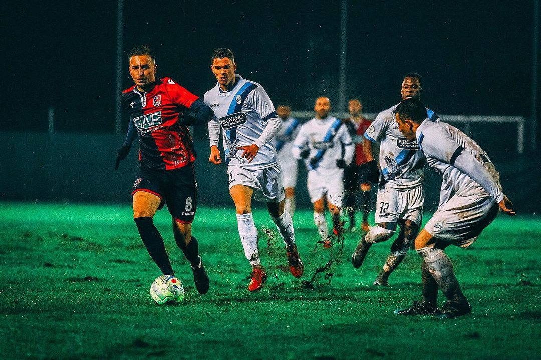Panda Sports incorpora al joven Adin Bukva, internacional sub 18 y 19 con Suecia. Ha jugado 20 partidos en Serie C con 4 goles y 1 asistencia