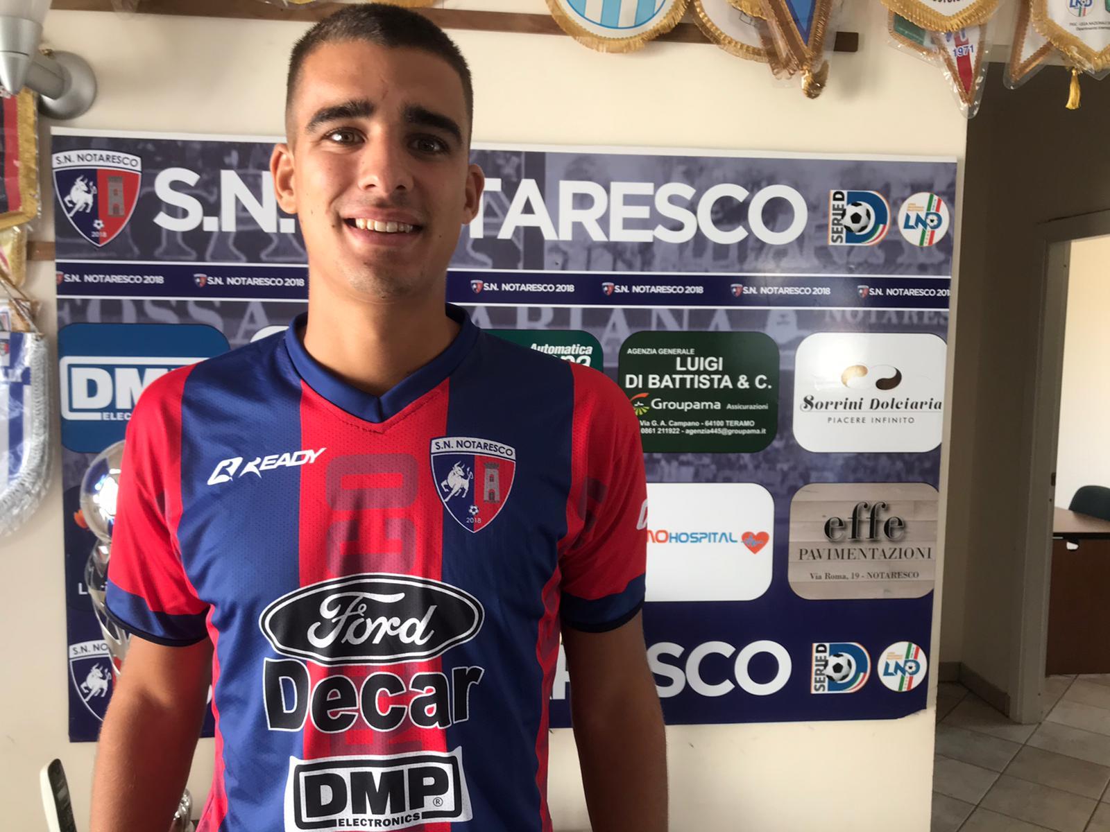 Tomás 'Toto' López, defensor central argentino-italiano de 23 años, es nuevo jugador del San Nicolo Notaresco, de la Serie D-F.